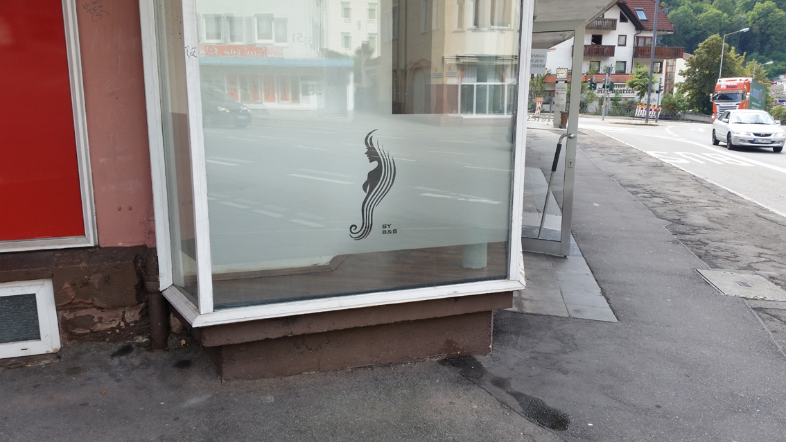 Haar Paradies Schaufenster 1